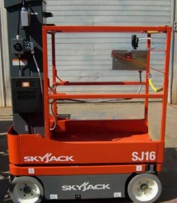 omd2015-Skyjack-SJ16-2